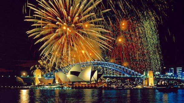 fireworks-wallpaper_600.jpg